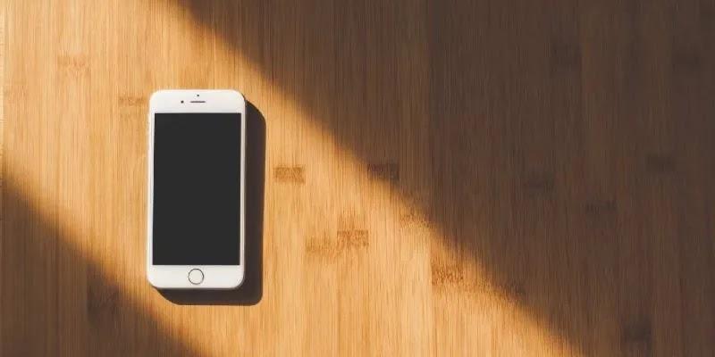 إصلاح شاشة أي فون سوداء مميزة