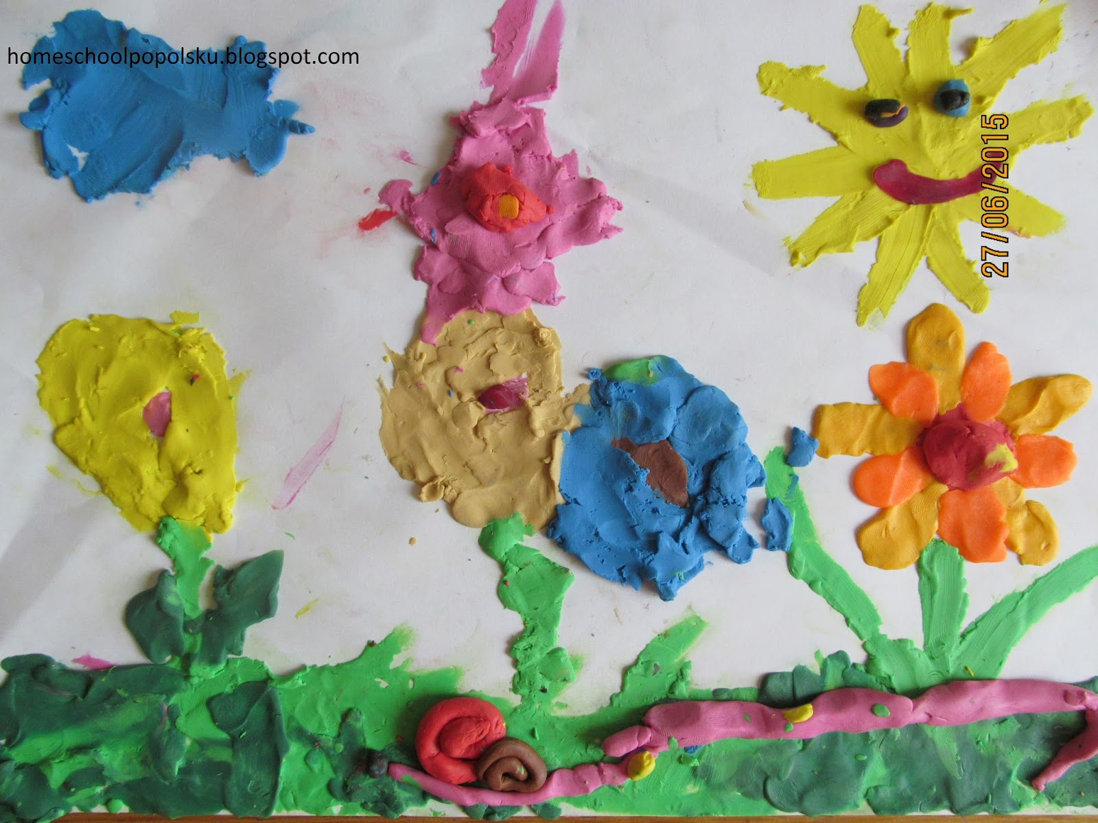 homeschoolpopolsku: kwiaty na łące-plastelina