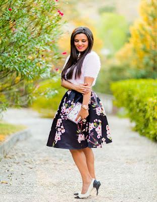 outfits con falda de flores