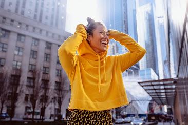 Cara Kembali Tertawa Setelah Alami Kecewa