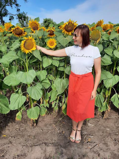 https://femmeluxefinery.co.uk/products/white-paradise-slogan-print-crew-neck-t-shirt-cordelia