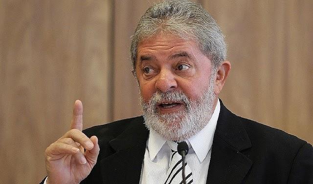 Lula vence Bolsonaro no primeiro turno, aponta nova pesquisa