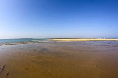 chilika-lake-and-ocean