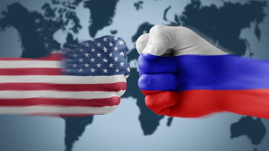 Financial Times: Θα υπάρξει προσέγγιση Μπάιντεν-Πούτιν;