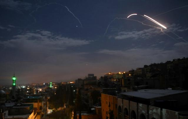 Pertahanan Udara Suriah Cegat Serangan Israel di Daerah Al Qusair di Homs