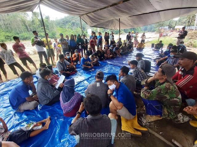 Masyarakat Desa Datar Ajab Bersyukur Bantuan Tercukupi
