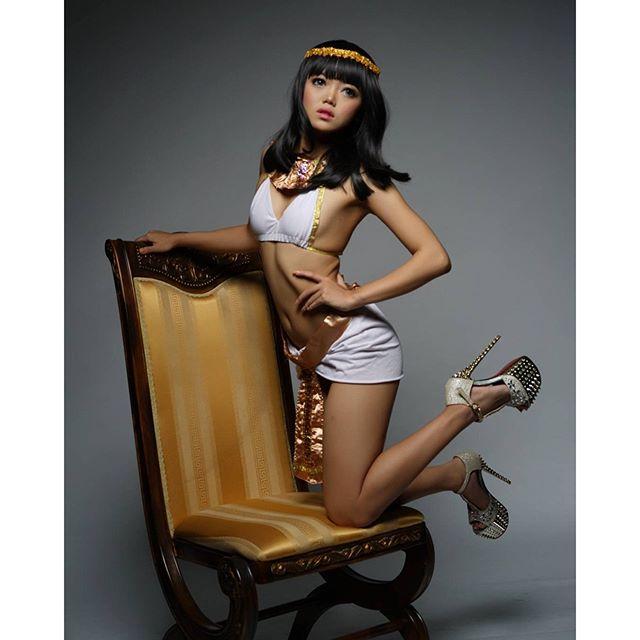 model shoot princess chibby hot photo   zona artis lagi