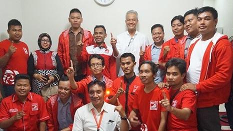 Refly Bilang Jika Tak Diusung PDIP, Ganjar Bisa Diambil Partai Lain