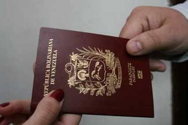 Pasaportes a partir del próximo lunes costarán Bs. S 7.200 y en noviembre 2 petros