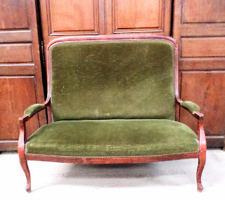 Wholesale French Antiques Couch Green Velvet 1800s