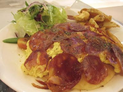 Paris Baguette, eggs