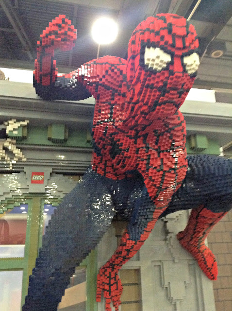 LEGO Creativity Tour [photos] Close-up of Spider-man