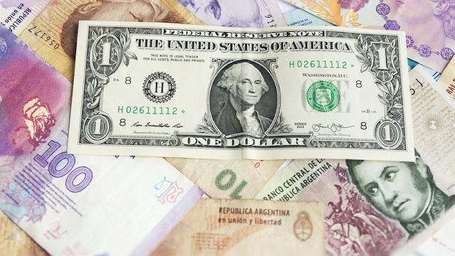 El dólar se dispara y alcanza los 41 pesos argentinos