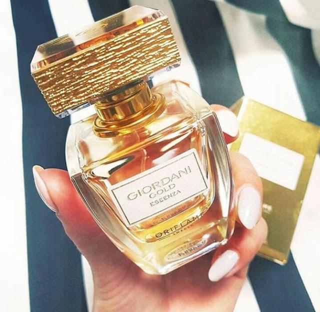 Giordani Gold Essenza Parfume - Kemewahan dengan Aroma Jeruk