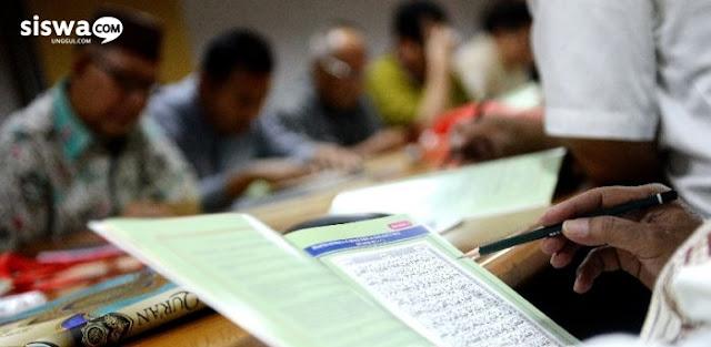 manfaat membaca al-quran, manfaat luar biasa membaca al-quran