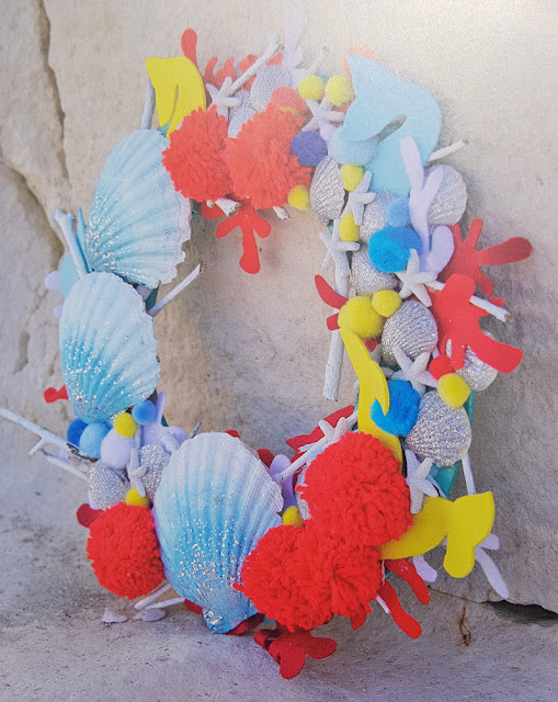 Using shells to make a Reef Wreath