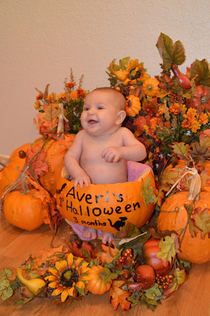 babies in pumpkins, babies, pumpkins, fall decorations