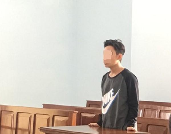 'Yêu' học sinh lớp 7, nam sinh lớp 8 nhận án tù