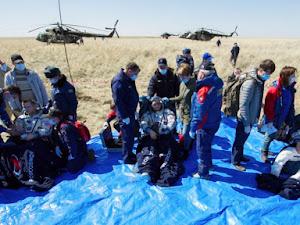 2 NASA Astronauts, 1 Russian Cosmonaut Return to Earth