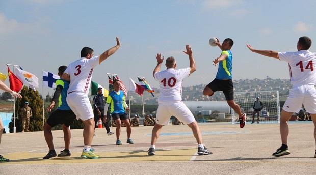 Indobatt Gelar Turnamen Bola Tangan Antar Kontingen di Lebanon