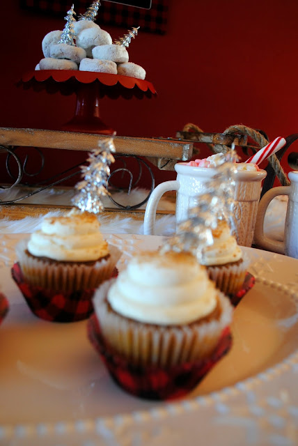 Hot chocolate and cupcakes for New Years