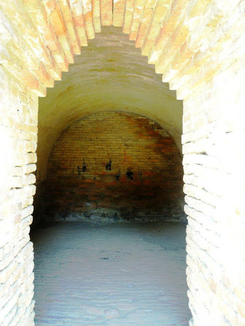 A room with corbelled entrance and vaulted roof, probably used for storing grains at Nalanda