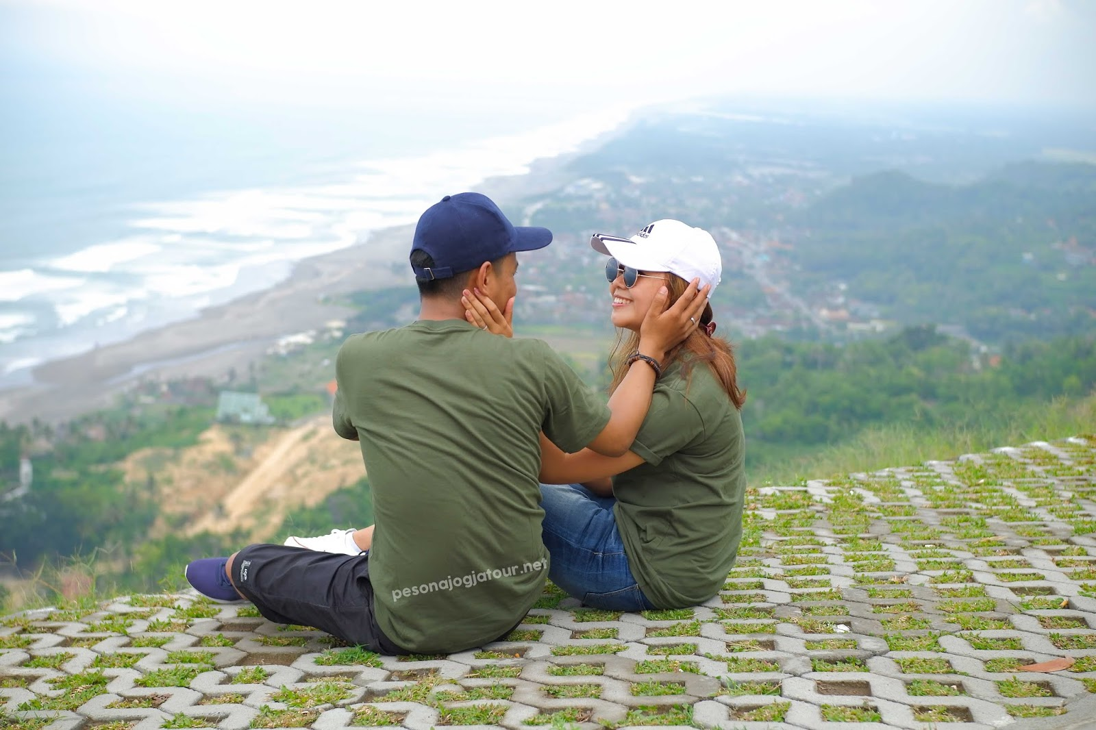 Prewedding di Bukit Paralayang