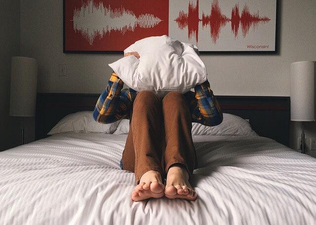 لماذا يخون الرجل زوجته؟ اسباب خيانة الازواج لزوجاتهم.