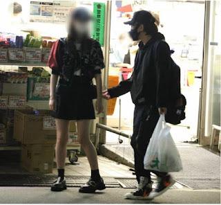 RADWIMP's Kuwabada Akira cheats on a 20-year old former model