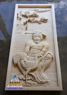 Relief batu alam paras jogja / batu putih untuk hiasan tempel dinding lukisan adu ayam jago