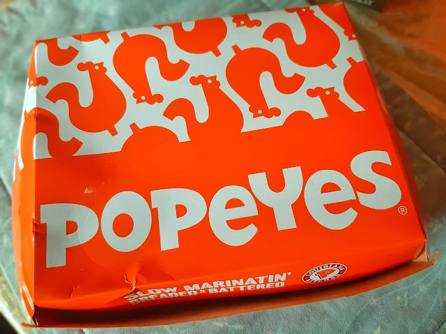 popeyes, fried, chicken, johnny eating sugar, johnny eats, honey, biscuits, gravy, cajun, crispy fries, cajun rice, souther style