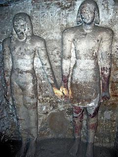مقابر فريزر بجبانة طهنا الجبل 1