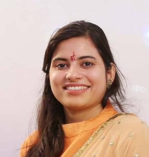 Kavita Tiwari  Bio