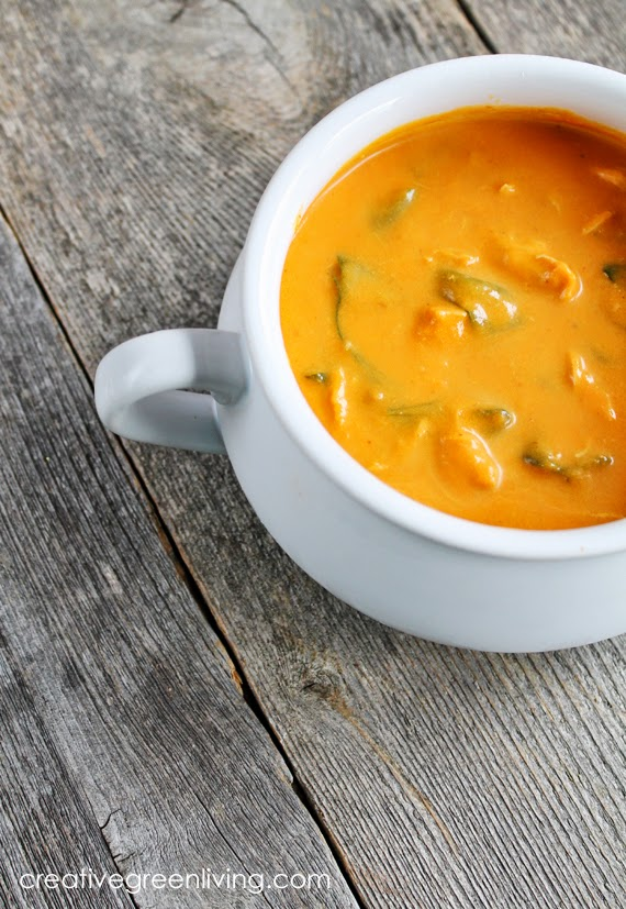 Whole 30 paleo soup recipe - how to make carrot coconut curry soup