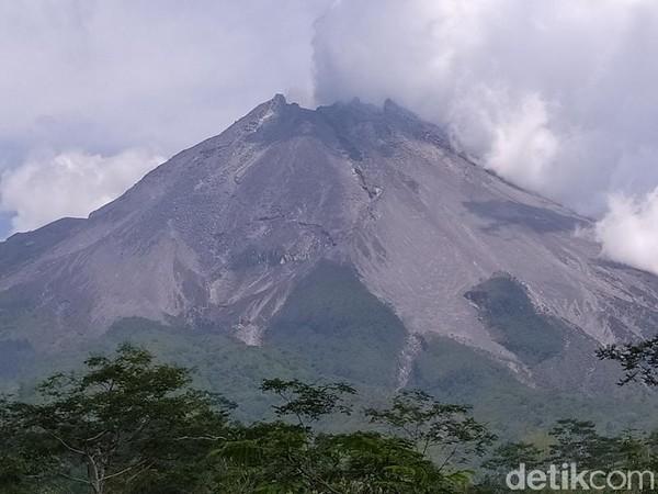 Gunung Merapi Siaga, 1.457 Jiwa dari DIY-Jateng Mengungsi
