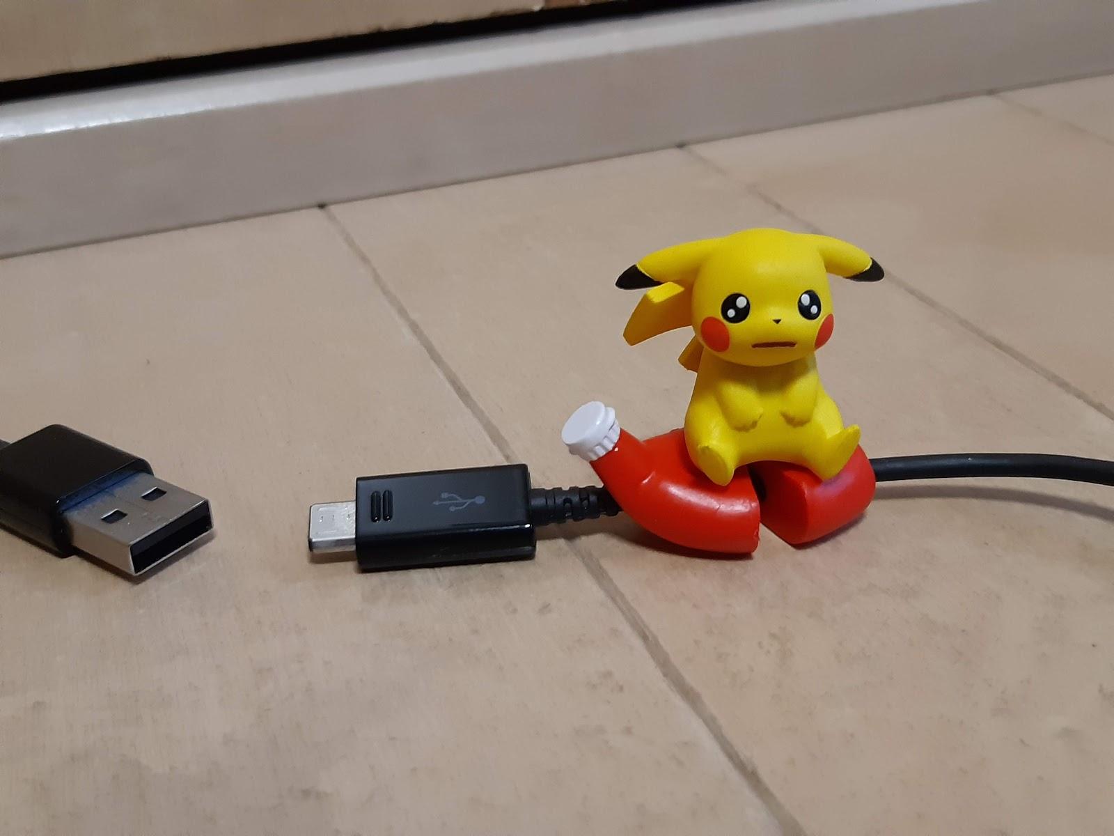 Re-Ment Pokemon Micro-USB Cord Keeper