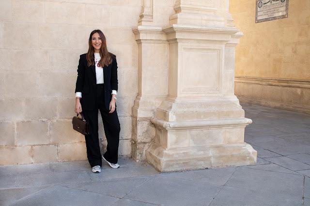 Fashion South traje negro camiseta Coca Cola Zara