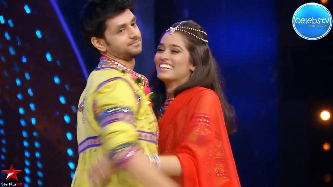 Neha Saxena Hot Sexy Navel Show Saree Wearing Scene - Sexy -7248
