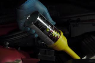 ¿Qué ventajas tiene limpiar el motor antes de hacer un cambio de aceite?