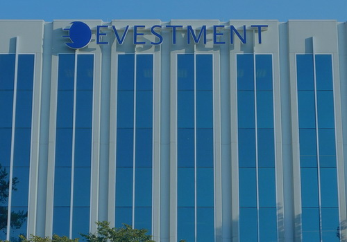 Tinuku Nasdaq buys eVestment for $705 million