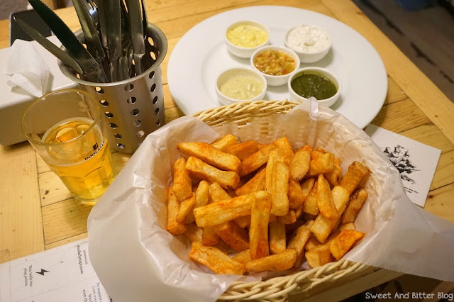 House Fries with 5 Dips at Doolally Taproom