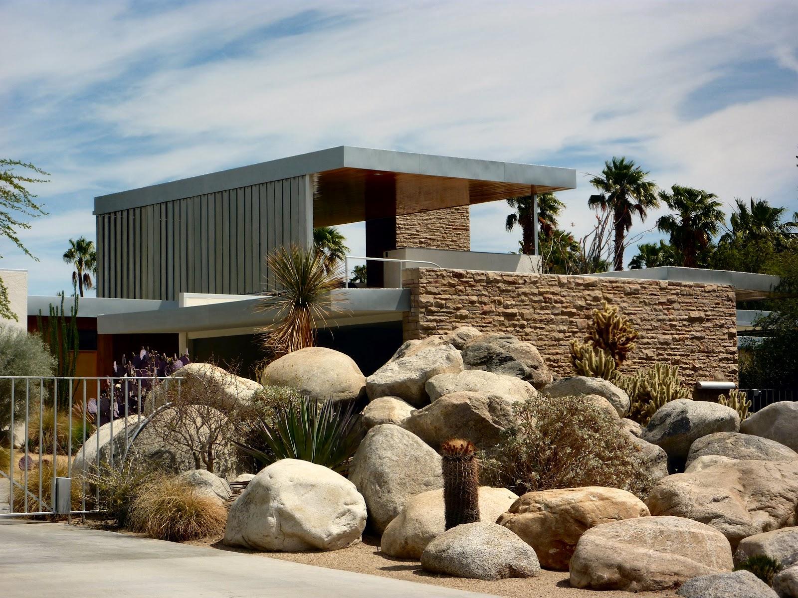 Kaufmann+Desert+House Palm Desert Home Designs on santa barbara home designs, katy home designs, cypress home designs, lakeside home designs, mountain view home designs, seaside home designs, lake tahoe home designs,