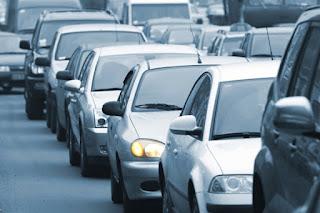 Casi la mitad de los conductores se plantea comprar coche para evitar el transporte público tras el COVID-19