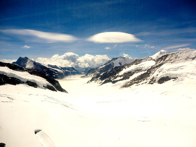 Snowy mountain scenery at Jungfrau, Switzerland
