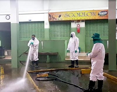 Prefeitura de Cajati faz higienização em locais públicos e de grande circulação