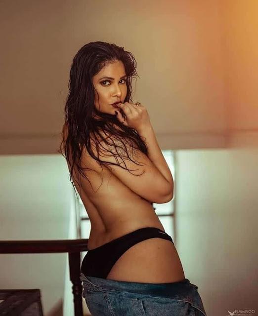 Aabha Paul Sexy Photos posing Topless