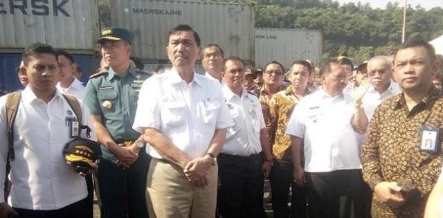 Pak Luhut, Tolong Jangan Hentikan Evakuasi Korban Tenggelam Danau Toba
