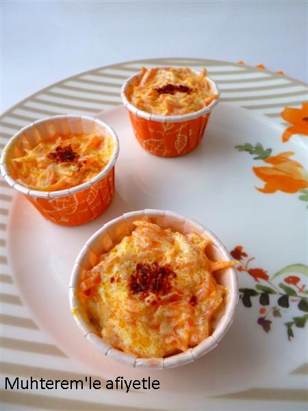 yogurt and carrot salad