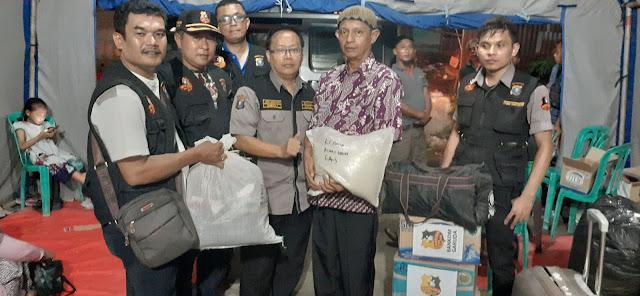 GAS Peduli dan Bankom Garuda Bantu Korban kebakaean Jalan Tanah Jawa