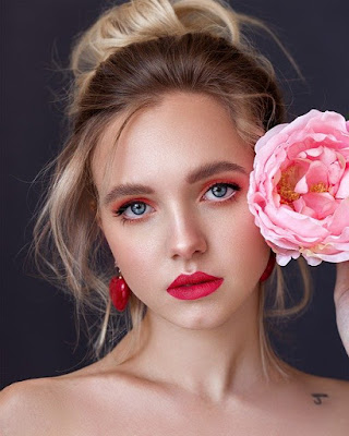 Bagaimana Cara make up pengantin natural